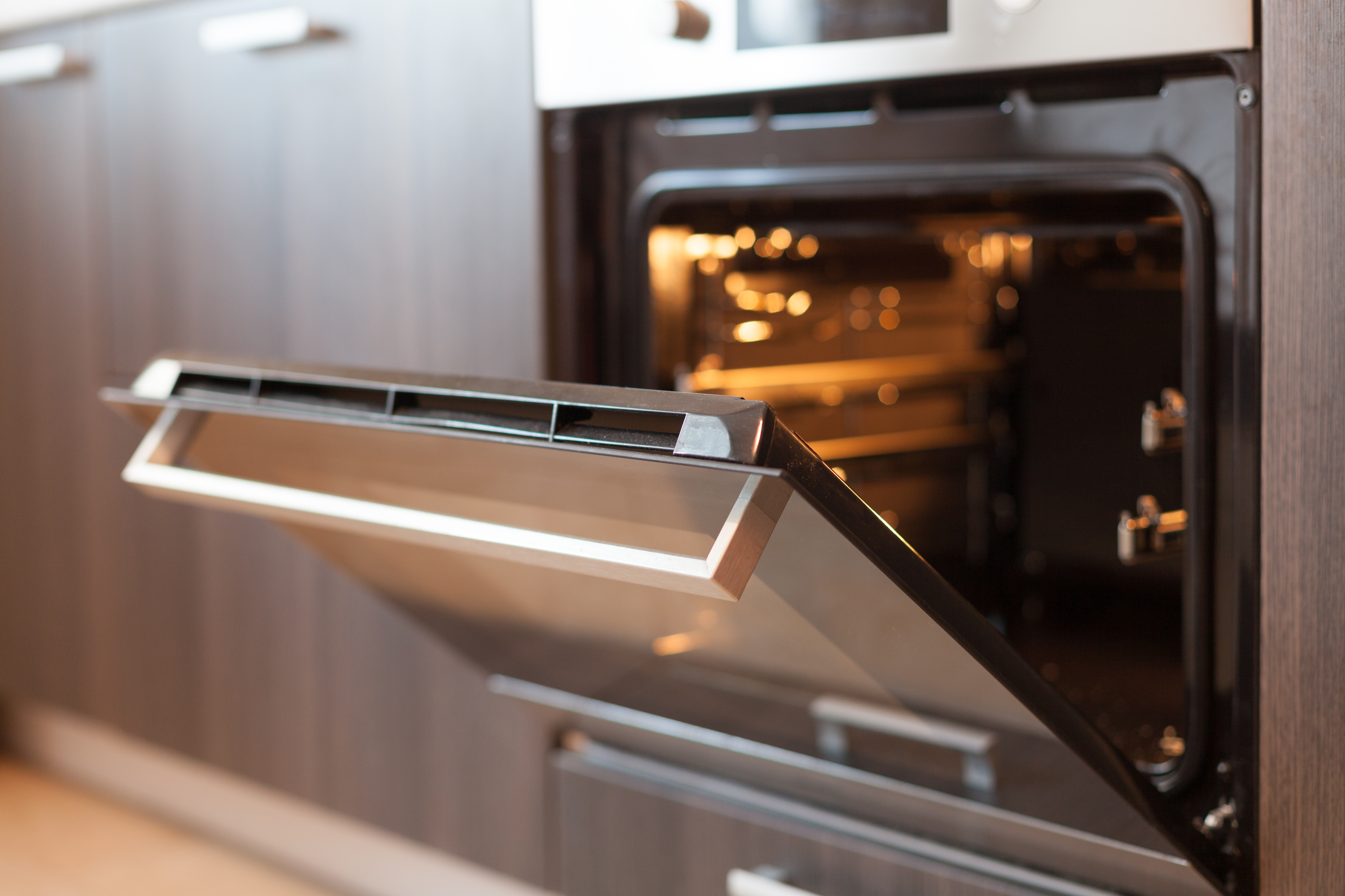 Steel for oven applications